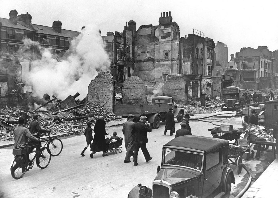 London, bombed buildings during WWII